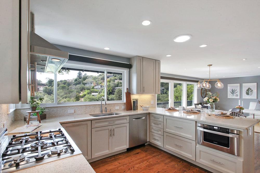 Kitchen 1 - to LR.jpg