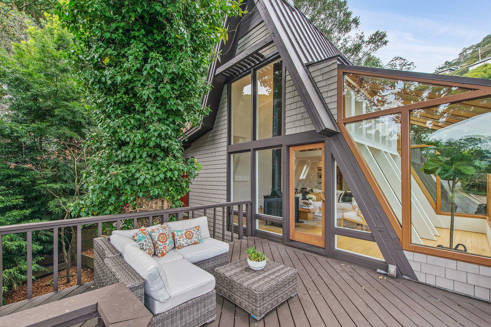 Deck - to house.jpg