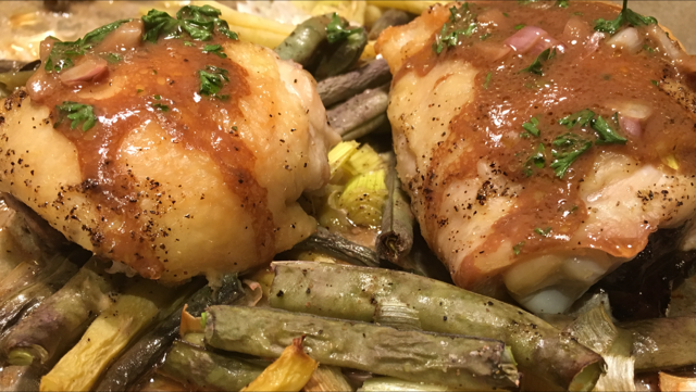 Baked Chicken w Roasted Scallions and Green Beans.PNG