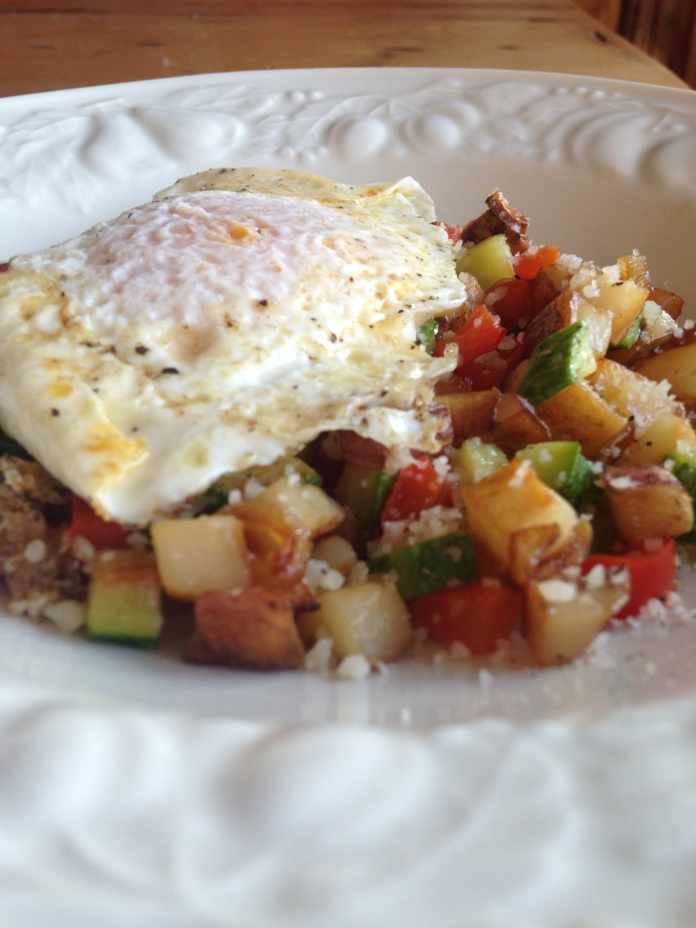 Eggs w Potato Pepper Hash.JPG