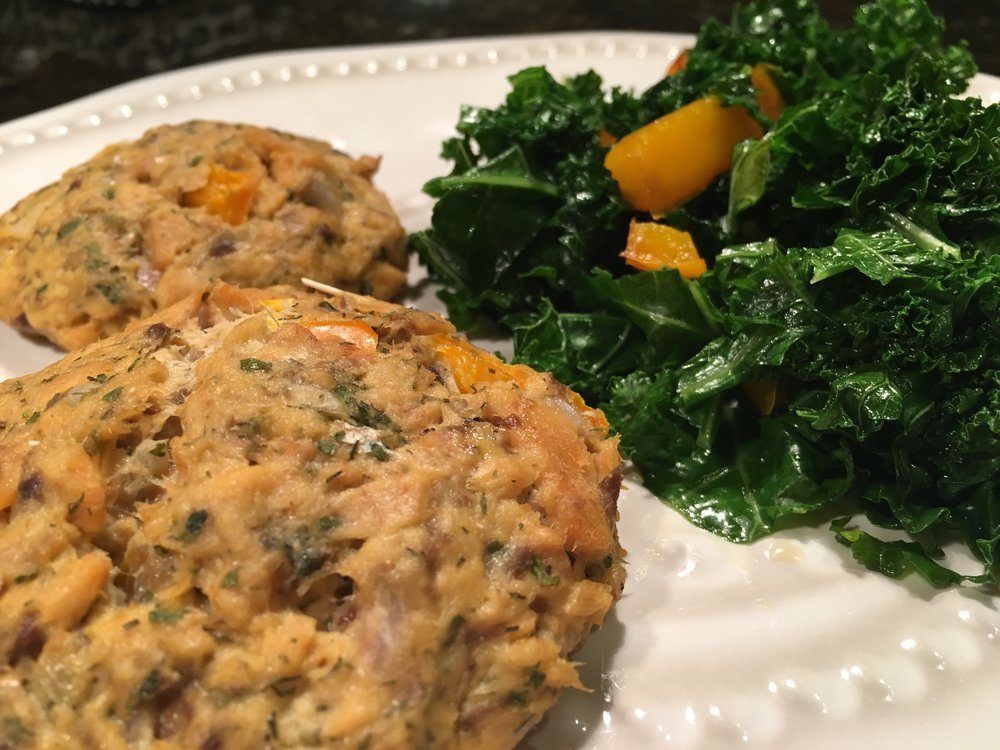 Salmon Cakes w Braised Kale.JPG