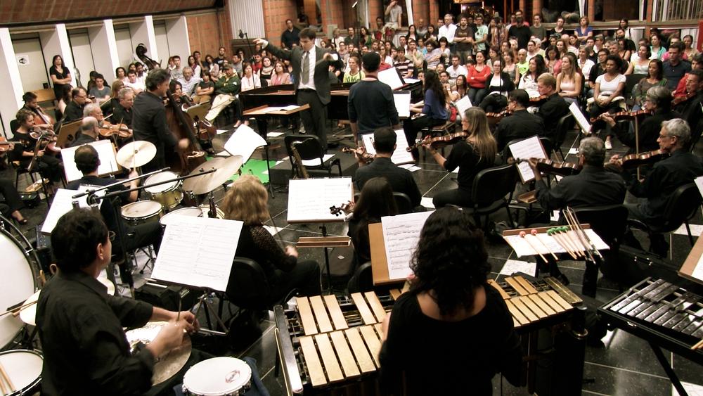 Rafael Piccolotto de Lima conducting UNICAMP Symphonic Orchestra at Casa do Lago, Barão Geraldo - Brazil. Jazz Symphonic concert featuring Rafael's music.