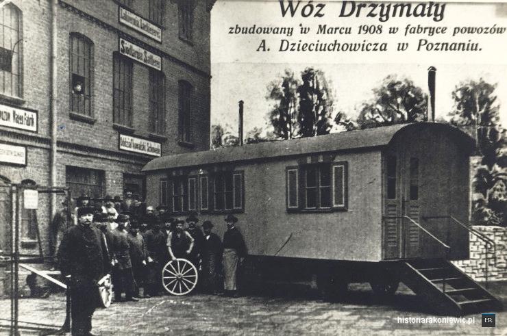Dom Drzymały przed Fabryką Powozów 1908, ul. Łąkowa, Poznań (dzisiejszy dziedziniec kina Charlie Monroe). Żródło:http://www.historiarakoniewic.pl/michal-drzymala/