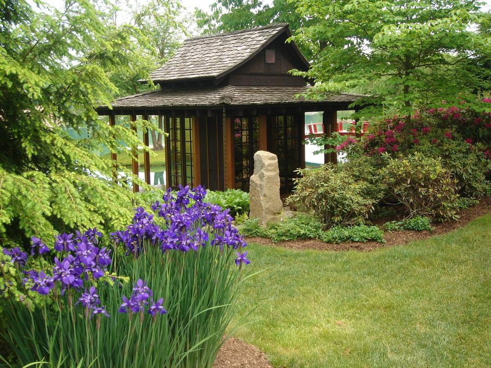 Schnormeier Gardens 2.jpg