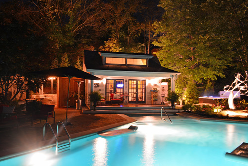 The Welsh Hills Inn - Pool Courtyard at Night - 08-2014 - Granville Ohio Online #2.jpg