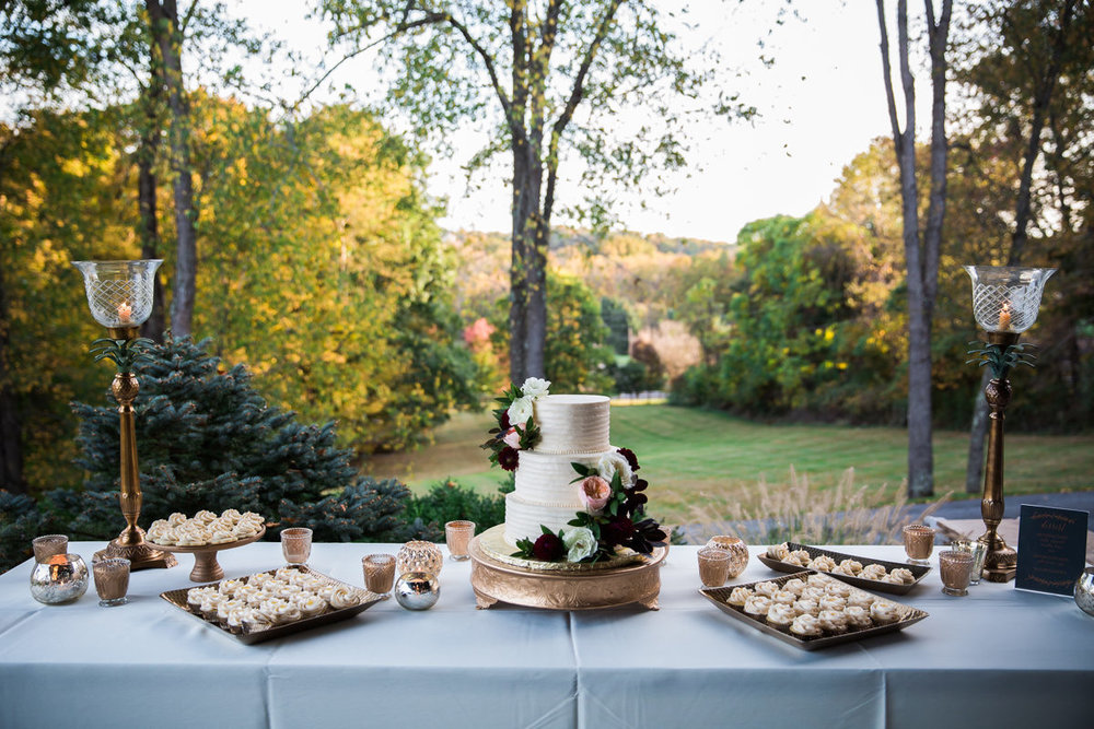 Elopement - Treat Table.jpg