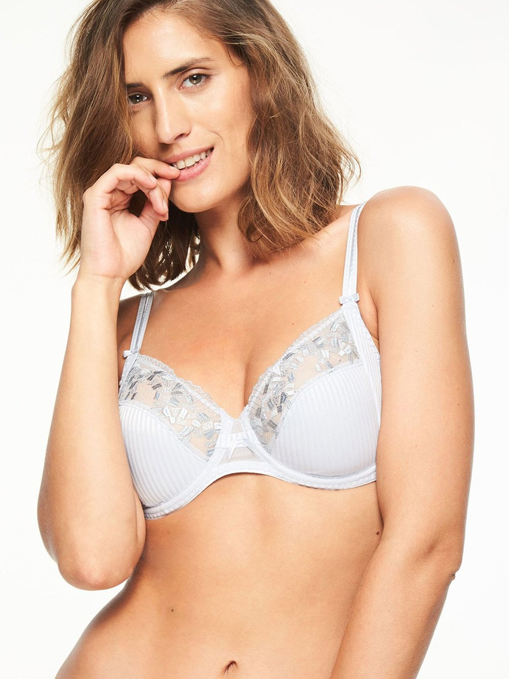 """Pont Neuf"" in Light Grey by Chantelle"