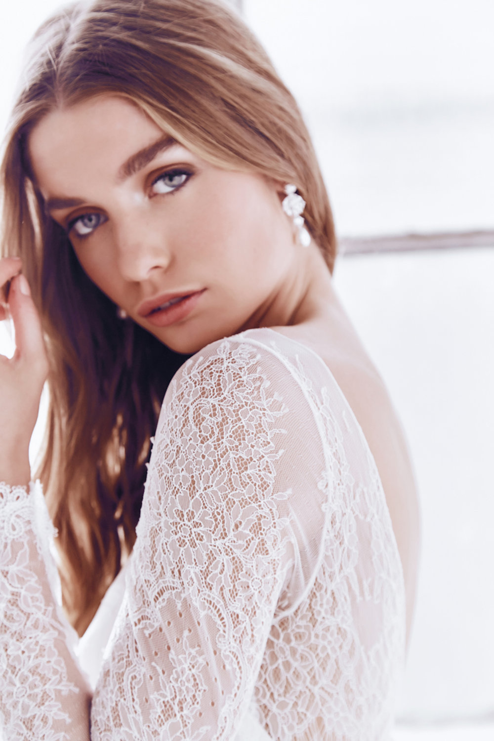 Anna Campbell Milla Dress | Vintage-Inspired Long Sleeve Lace Wedding Dress