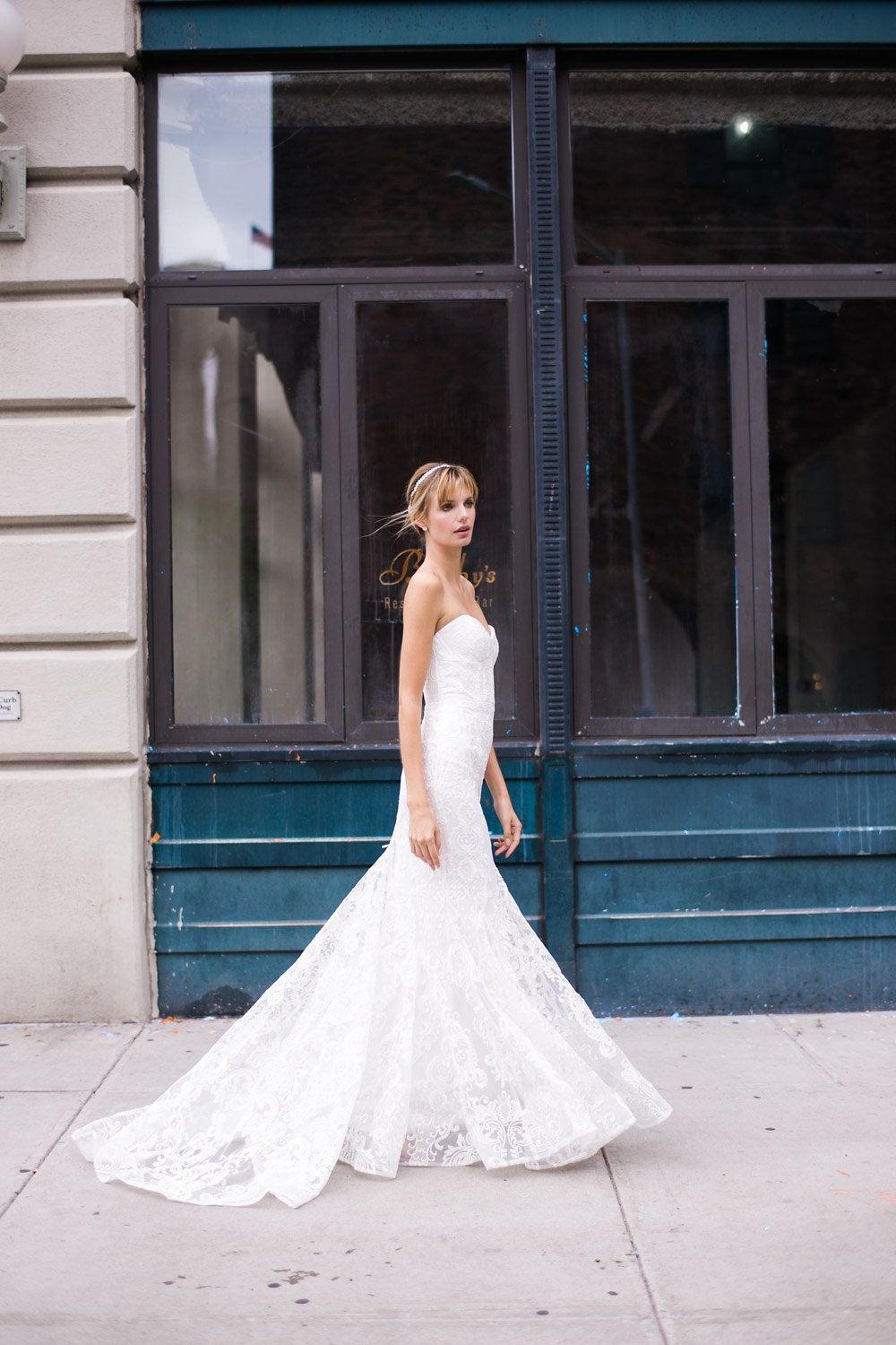 Anna Campbell Sophia Dress | Vintage-Inspired Strapless Lace Wedding Dress