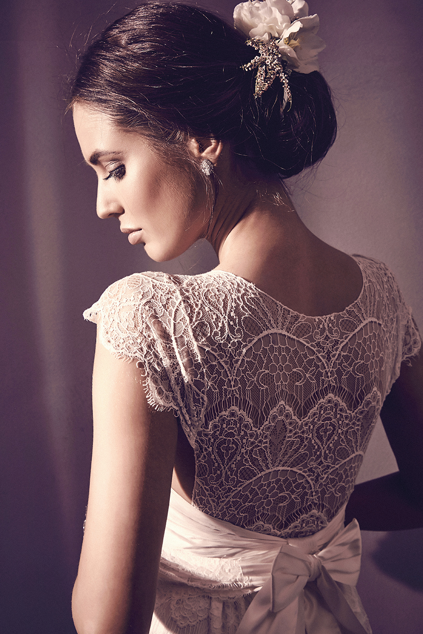 Anna Campbell Bridal Isobelle Dress | Vintage-inspired lace boatneck wedding dress