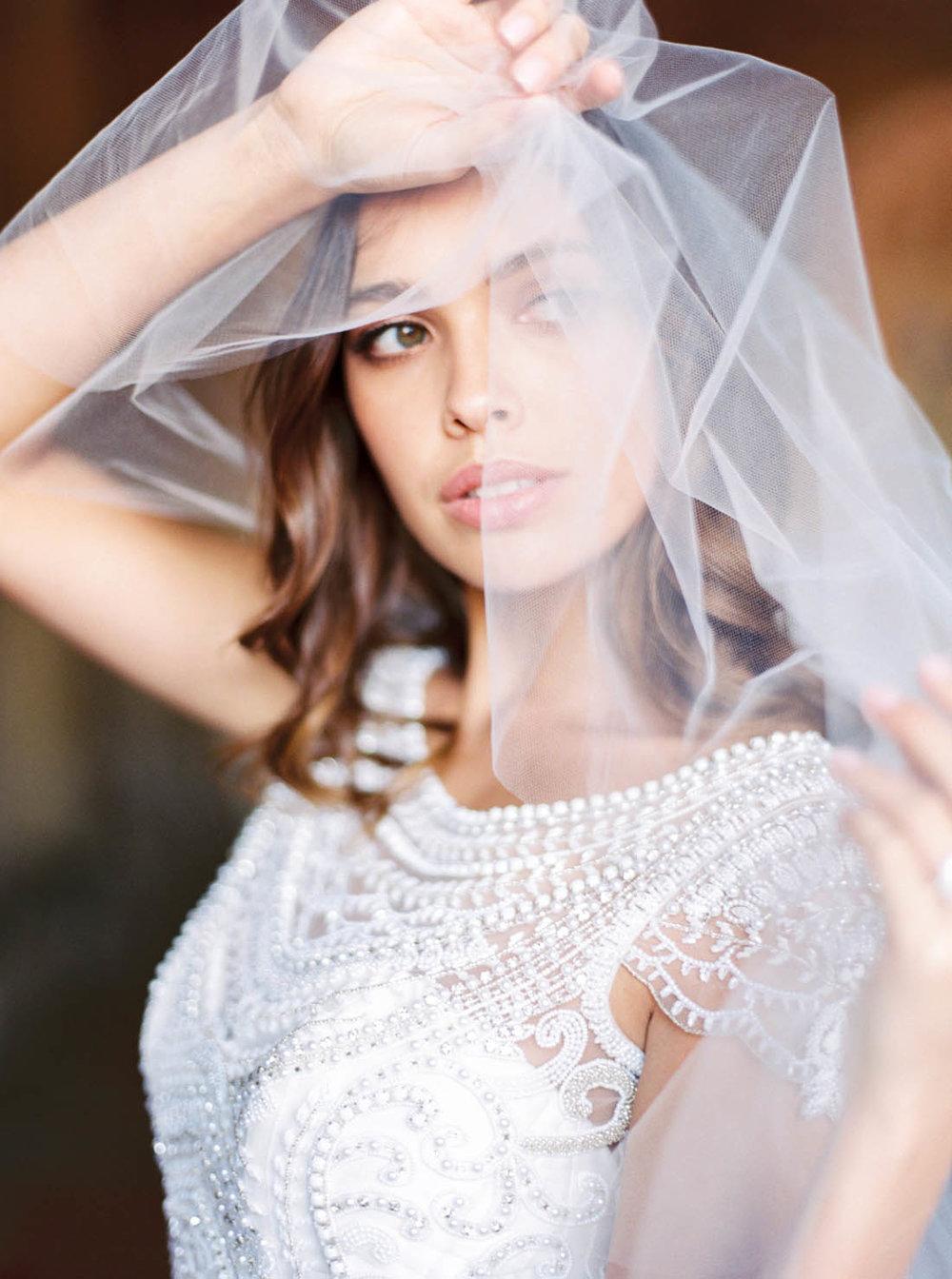 Anna Campbell Bridal Fingertip Ashantha Veil with Blusher