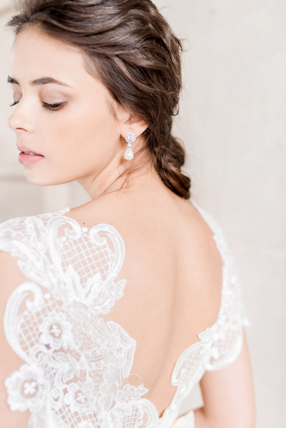 Anna Campbell Bridal | Savannah Dress | Vintage Inspired Lace Wedding Dress | Eternal Heart Collection