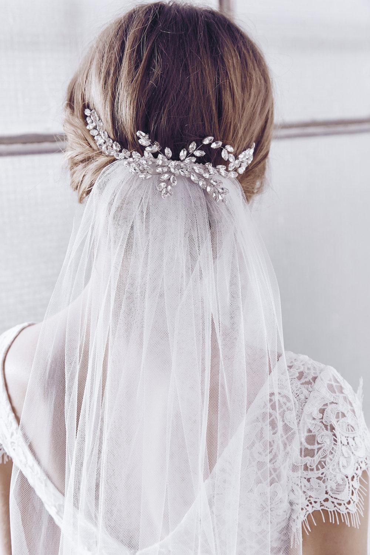 Anna Campbell Bridal Alexandria Headpiece and Ashantha Tulle Veil