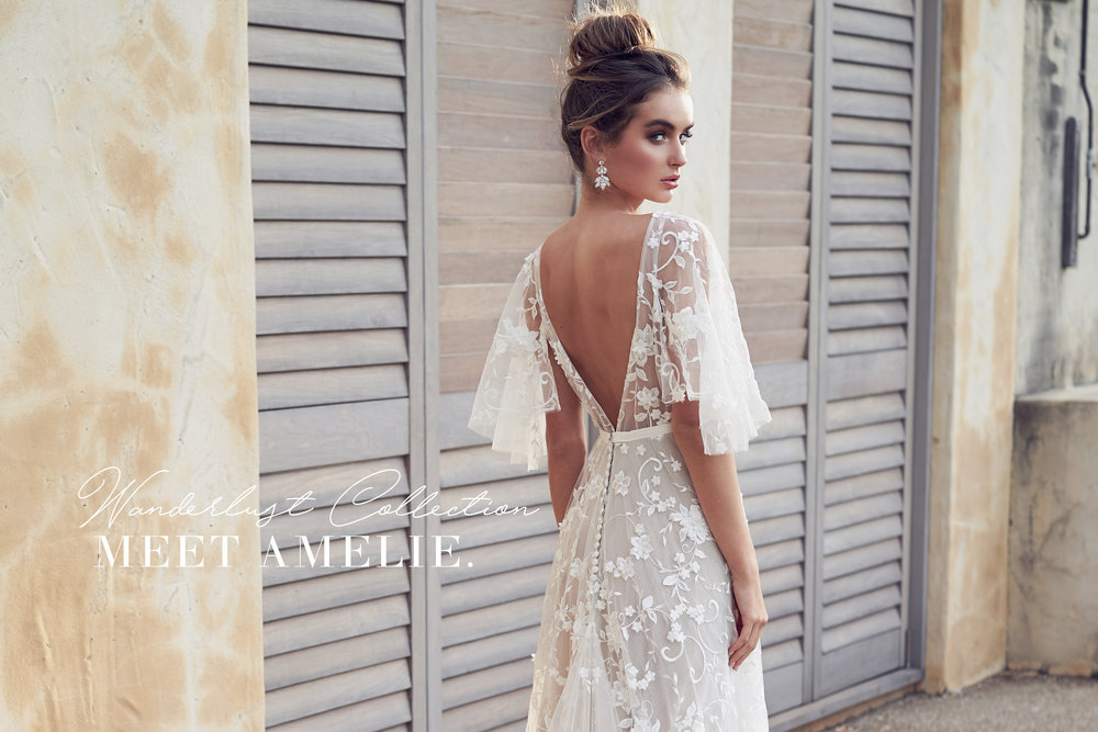 Vintage-Inspired Short Wedding Dress