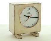 Wooden clock white - Retro style