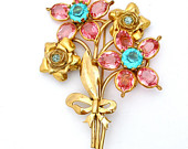Pink Rhinestone Brooch Gold Vintage Flower Pin