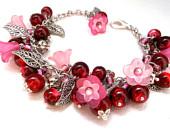Flower bracelet.Leaf bracelet.Glass bracelet.Chunky bracelet.Summer bracelet.Luxurios bracelet.Dark red bracelet.Summer bracelet.Pink.