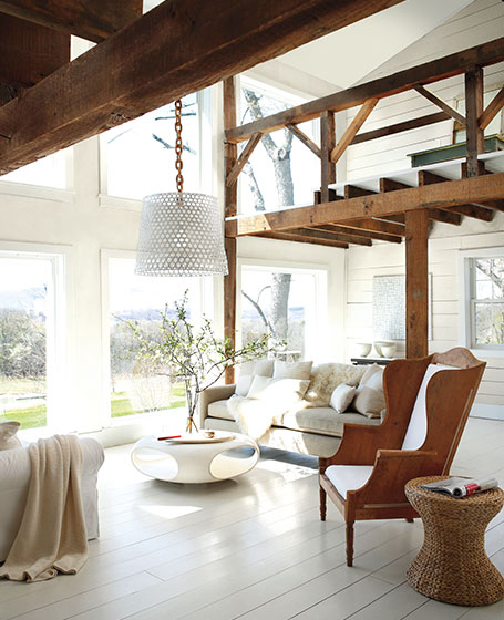 livingroom_whiteonwood