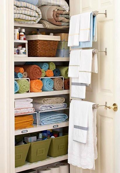 organized-linen-closet