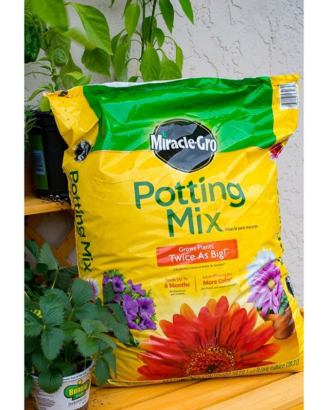 Spring is for gardening! Pick up a bag of Miracle Gro Potting Mix at Doody Home Center! 8qt bag for 4.49, 16qt bag for 5.99! Check out our full list of month-long sales on our website!