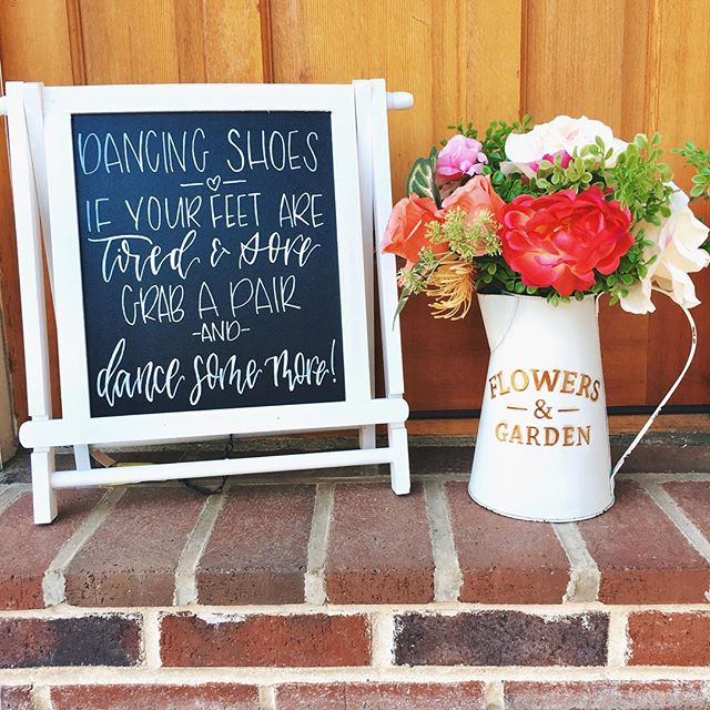 Is it the weekend yet? 💃🏻💃🏻 . . . #weddingsign #weddingcalligraphy #calligraphy #moderncalligraphy #virginiacalligrapher #weddingcalligrapher