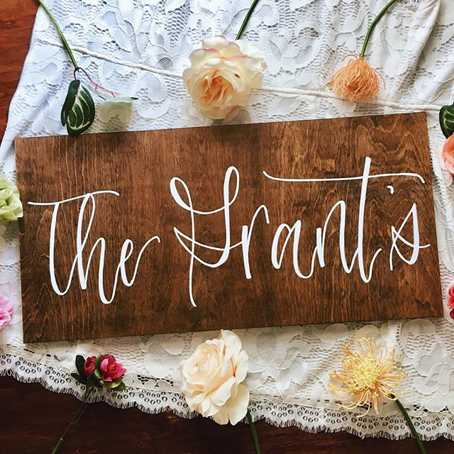 Okay, maybe just ONE more wood sign 🙈 ps- there is one more of these left in the shop! 😍 . . . #woodsigns #woodworking #familynamesign #rustic #rusticdecor #farmhousedecor #calligraphy #virginiacalligrapher