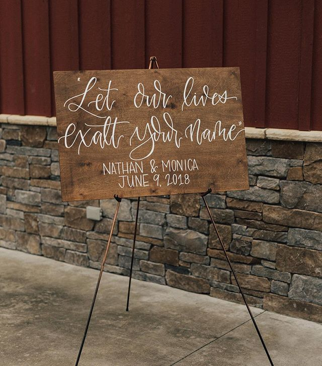 I love seeing my work through a professional photographers eyes! @alexaannphoto you are SO talented😍 . . . . #weddingphotography #weddingsign #welcomesign #weddingcalligraphy #calligraphy