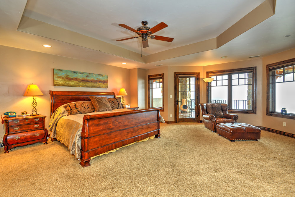 580 Pack Saddle Tr Evergreen-print-038-32-Master Bedroom 1-4200x2799-300dpi.jpg