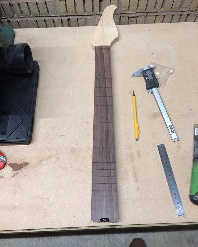 Neck taking shape. #boutiqueguitar #wiredogguitars #woodworking #guitar #guitarbuilding #luthier #luthery #madeincornwall #madebypeoplenotrobots