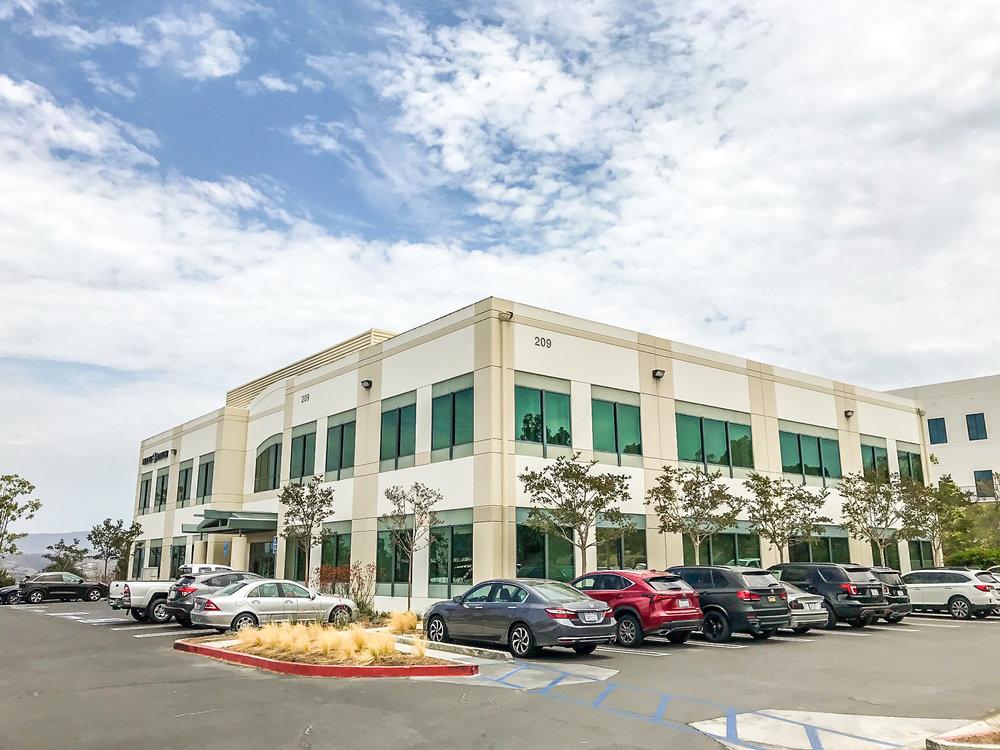 3,165sf Office Unit For Lease | 209 Avenida Fabricante #100