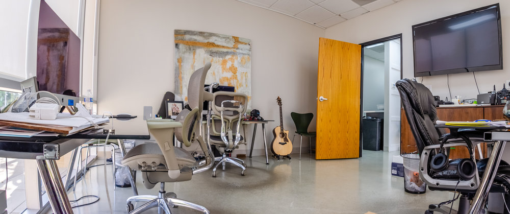 Corner Executive Office (Click To View)