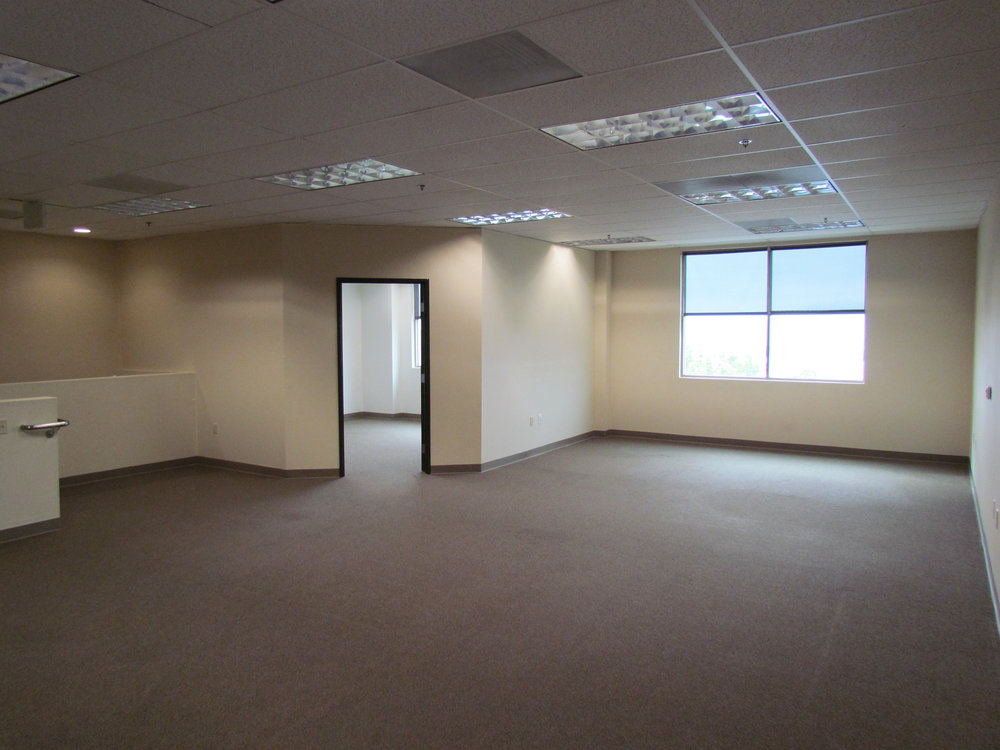 Executive Office With Private Window