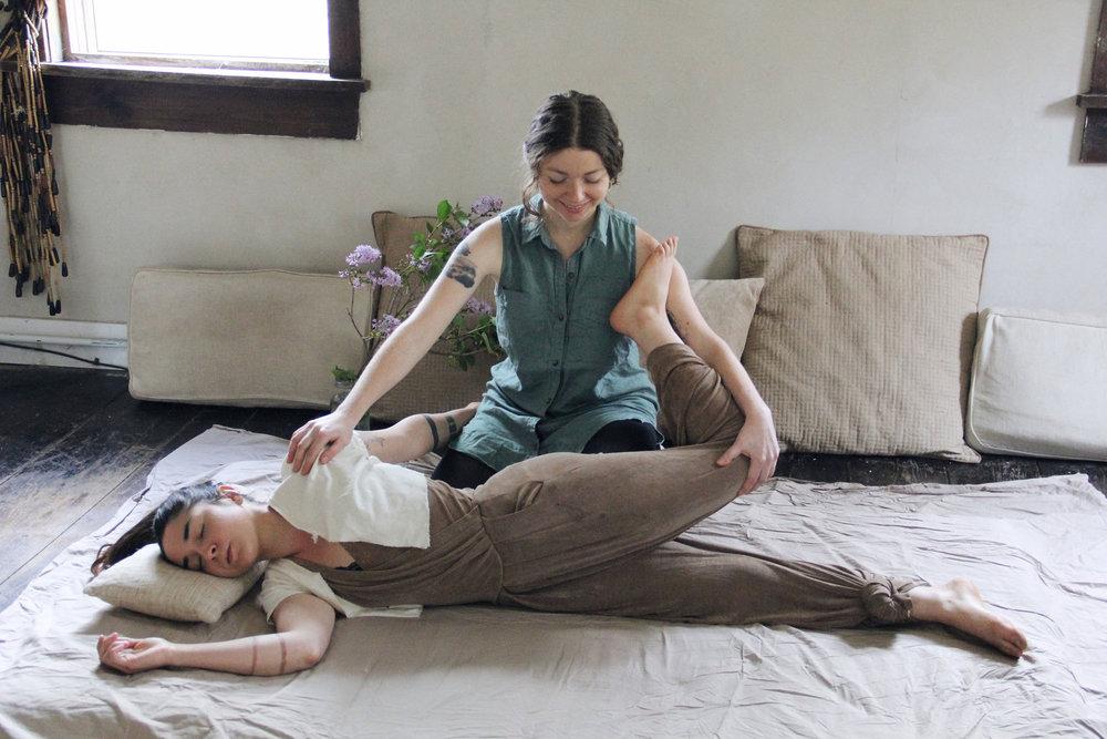 Dharmawake Somaveda Thai Yoga Therapy7.jpg