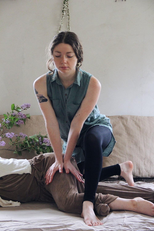 Dharmawake Somaveda Thai Yoga Therapy9.jpg