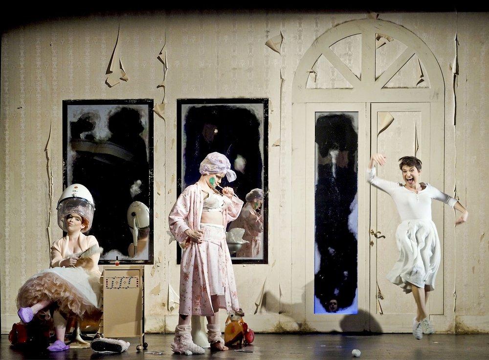 LA CENERENTOLA, Angelina, Theater an der Wien - Kammeroper, Vienna  Credits: Armin Bardel