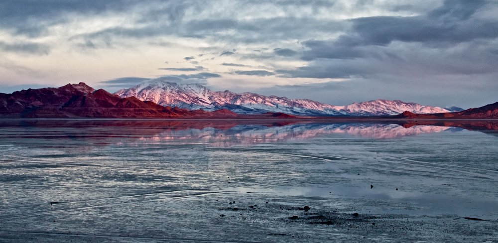 Bonneville Salt Flats at Sunrise - ©️ Nicole Atkins