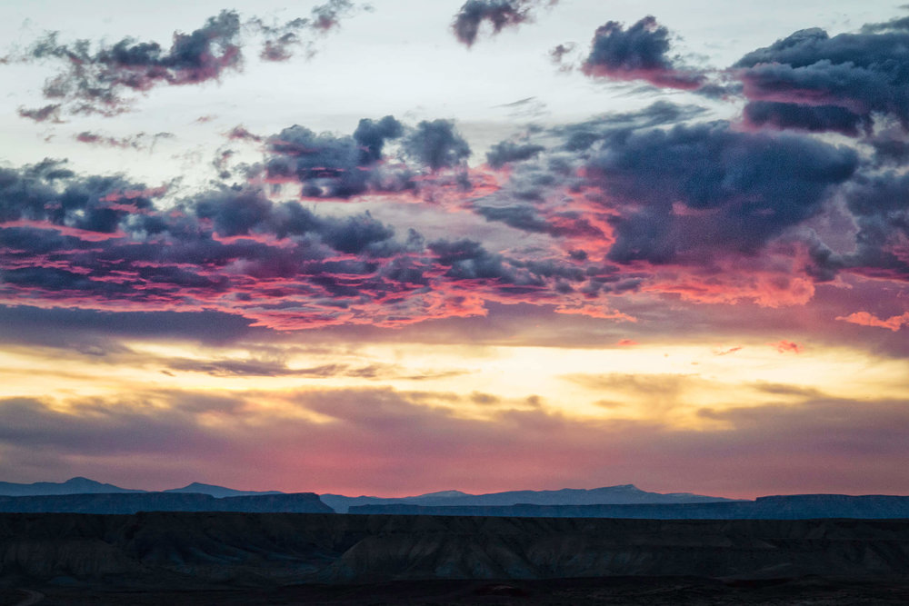 Desert Sunset in Grand Staircase-Escalante National Monument - ©️ Nicole Atkins Modern Outdoors