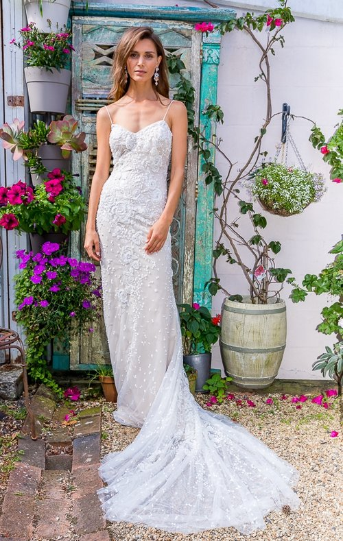 Little darling wedding dress sarah joseph couture bride bridal gown lace wedding dress bridal gown beaded wedding dress junglespirit Choice Image