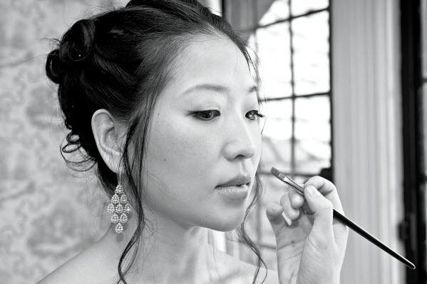 15 - lip gloss.jpg