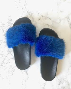 sl fluffy blue eva slides