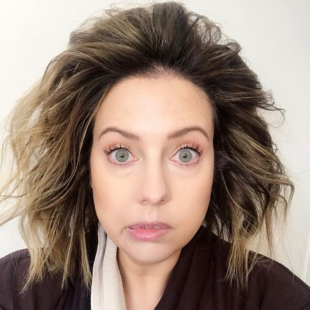 Well, I did t get out a measuring tape but I'm pretty sure IGK 30,000 feet Volume Powder Spray lives up to its name! #sephora #sephoraaddict #sephoravibrouge #sephorahaul #hair #hairstyle #livedinhair #hairproducts #dirtyhair #texture #lob #igk