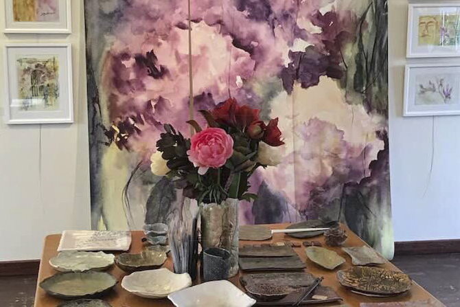 Inside Halton - Oakville Artist Holds First Solo Show This WeekendShawn Macpherson will be holding her first local solo art exhibition this weekend at Sovereign House in Oakville.The exhibit, which opened on Wednesday, Nov. 8, runs Saturday and Sunday, Nov. 11 and 12, from 1 to 4 p.m.The exhibit is entitled Textures & Hues — Watercolours & Pottery... read more