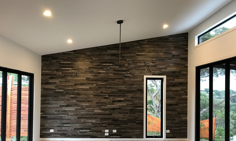 A stunning vinyl feature wall using Kenbrock Pinnacle and installed by allfloors (May 2017)
