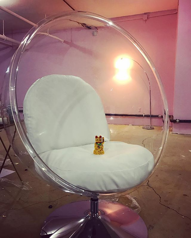 Have a seat! 😍💅🌴🌈 #70s #bubblechair#beautybar #nails#wildoleander #comingsoon #bushwick #brooklyn