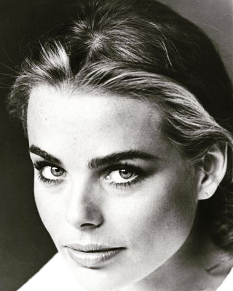 These brows. 😍 Perfection. am I right??#brows  #margauxhemingway  #wildoleander #bushwick