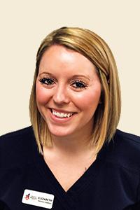 Elizabeth, Veterinary Assistant