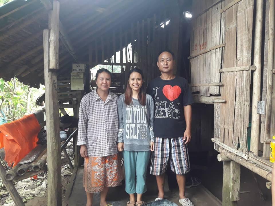 Julia and her parents