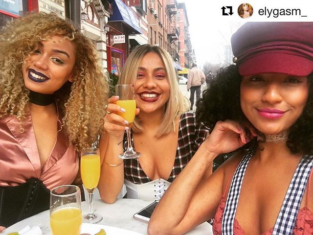 Brunch is SERVED! Come by for $35 Pre Fixe Brunch + 2 Hours Bottomless Drinks! #Repost @elygasm_ with @repostapp ・・・ 😝 makeup by @deeearashley . . . . . #lenoxsaphireharlem #lenoxsaphire #food #restaurant #senegalesefood #harlempride #harlemnyc #harlem #harlemsfinest #happyhour #pastries #southernfood #ubereats #foodstagram #beer #seafood #eat #tacos #wings #dj #turnupfridays #likeall #like4like #like4follow #likeforlike#likeforfollow