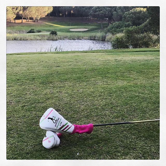 Sur quel parcours sont les Golfeurs Anonymes ?  Nos produits pour la fête des mères sur www.lesgolfeursanonymes.com -  #golf #golfs #golfer #golfday #golfmen #golfgirls #golftour #golfbabe #golfaddict #golflifestyle #golfresort #golfing #golfstagram #golfswing #golfcourse #golffashion #golfers #golflife #golfnetwork #golffamily #balles #golfaccessories #green #greens#chariot #birdie#fete#mere