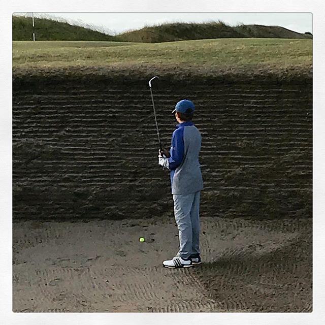 Où est ce ? Www.lesgolfeursanonymes.com# bunker #golf - #golf #golfer #golfpro #golf3 #golfing #golf1 #golfislife #womenwithdrive #golfbabes #taylormadegolf #iphone #legsout #golfchannel #golfday #wwd #golfers #golfstagram #golfporn #golf7 #golfcart #babesofinstagram  #porsche #hissalot #repost #golfboss #golf #golfaddict #swing#cover#⛳️